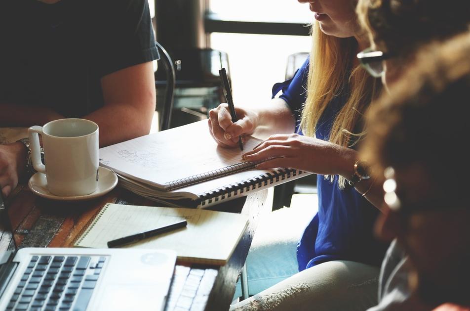 ¡Pon fin a la reunionitis! Haz eficaces tus reuniones de trabajo
