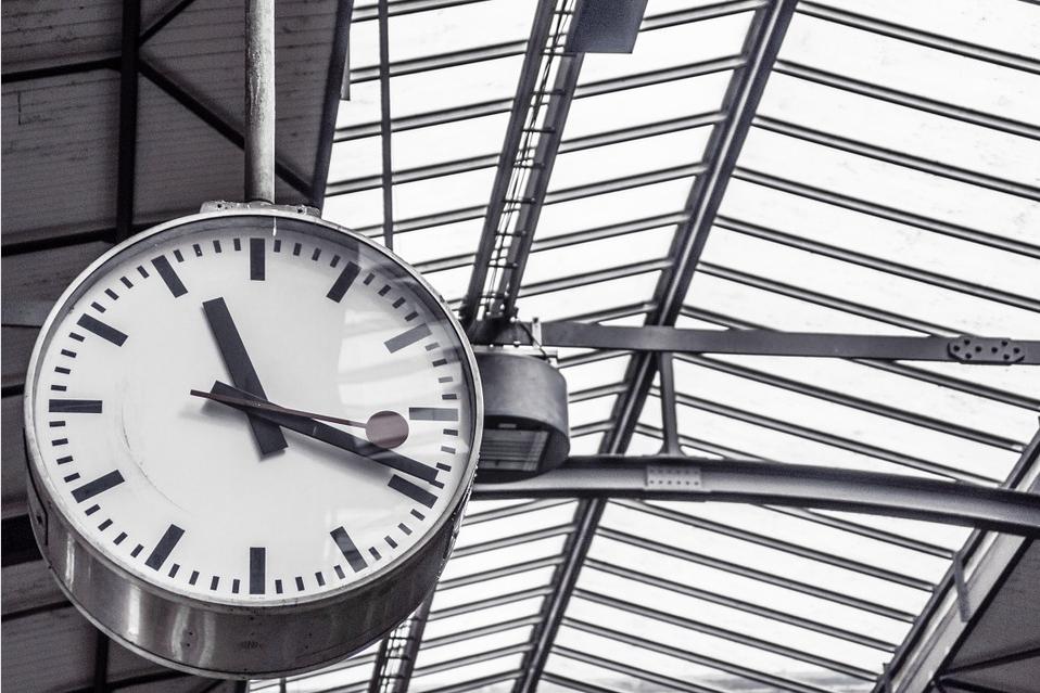Las empresas deben realizar por ley un control de horas extra