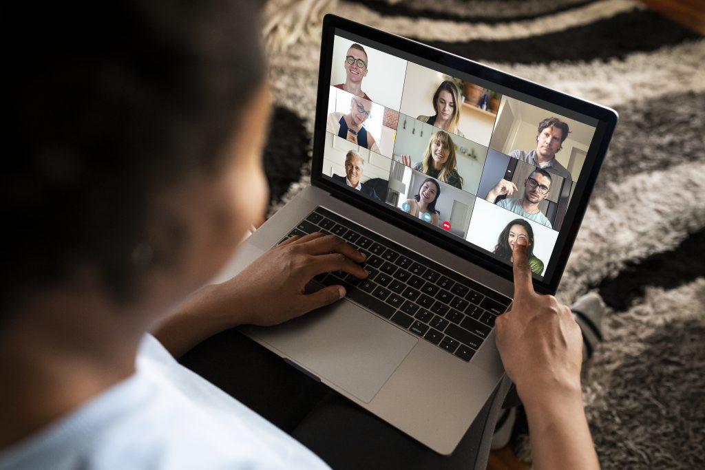 como crear una reunion en zoom